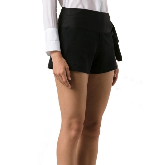 new style 2a167 7c5c3 NWT CHLOE Mare Donna Black Shorts Side Tie 10 NWT